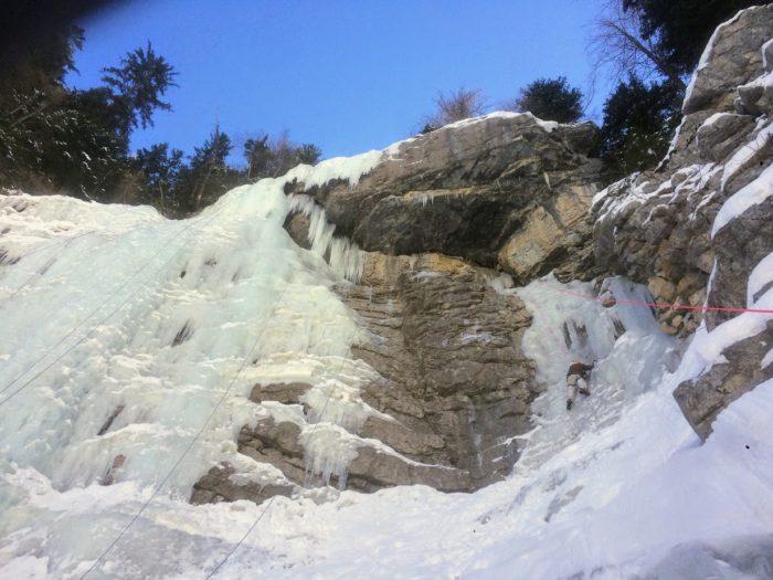 cascade de glace dans les Alpes-Maritimes 3